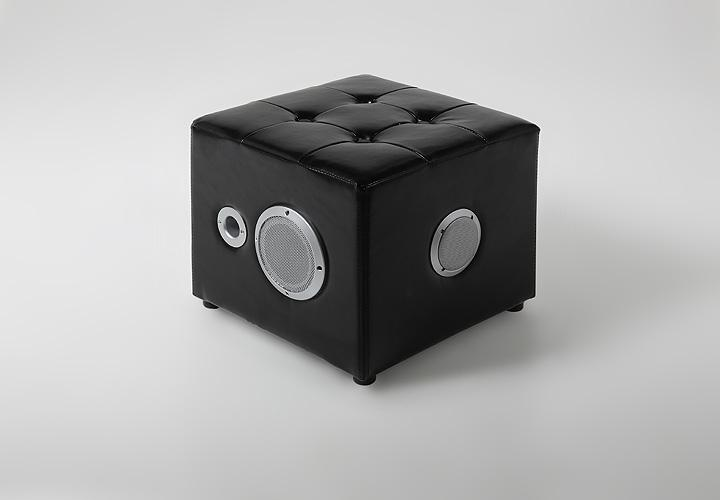 hocker pogo w rfel polsterhocker mit subwoofer in schwarz. Black Bedroom Furniture Sets. Home Design Ideas