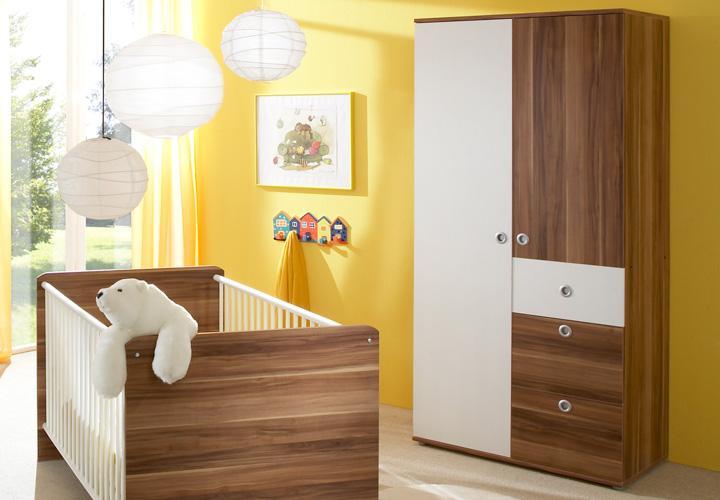 babyzimmer wiki dreiteilig in walnuss und wei dekor. Black Bedroom Furniture Sets. Home Design Ideas