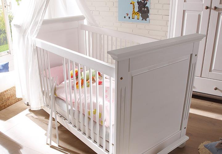 babyzimmer 2 laura in kiefer massiv wei. Black Bedroom Furniture Sets. Home Design Ideas