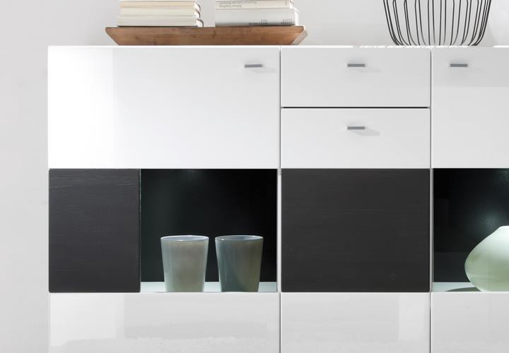sideboard 2c hochglanz wei quadro black mit glasfront. Black Bedroom Furniture Sets. Home Design Ideas