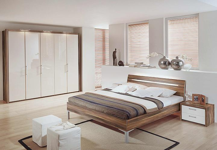 rauch kommode nussbaum innenr ume und m bel ideen. Black Bedroom Furniture Sets. Home Design Ideas