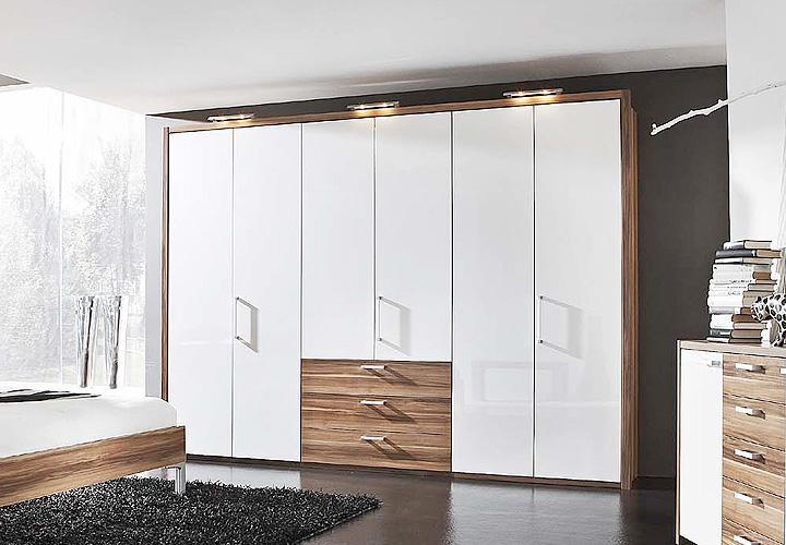 kleiderschrank iii solo wei hochglanz nussbaum 310 cm. Black Bedroom Furniture Sets. Home Design Ideas