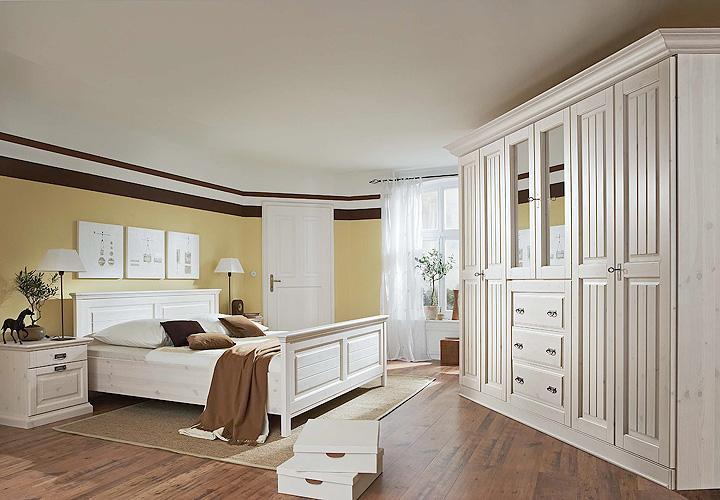 schlafzimmer 3 malta kleiderschrank in kiefer massiv wei. Black Bedroom Furniture Sets. Home Design Ideas