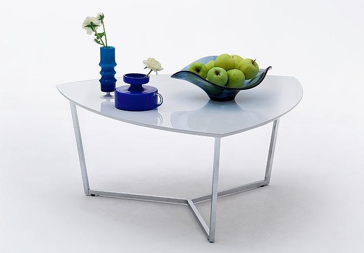 couchtisch livia 2 mdf wei hochglanz lackiert 90x90 cm. Black Bedroom Furniture Sets. Home Design Ideas