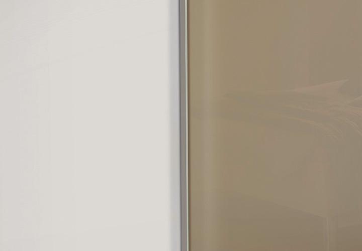 Kleiderschrank marcato von nolte wei saharaglas b 270 cm for Wohnlandschaft 270 cm