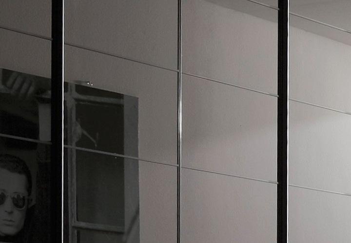 kleiderschrank marcato von nolte walnuss schwarzglas b 300. Black Bedroom Furniture Sets. Home Design Ideas