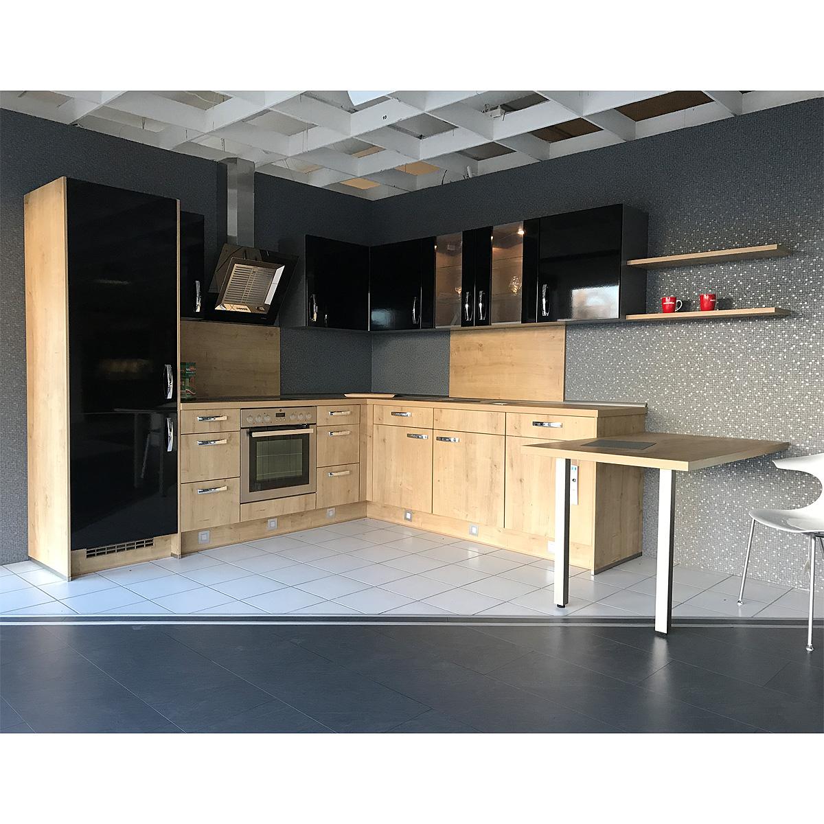 einbauk che nobilia ausstellungsk che k che in schwarz. Black Bedroom Furniture Sets. Home Design Ideas