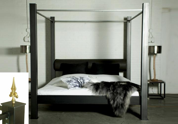 himmelbett daisy spinder design metall mit kopfrolle. Black Bedroom Furniture Sets. Home Design Ideas