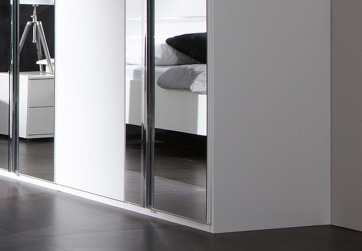 kleiderschrank davos 270 cm in alpinwei chrom mit spiegel. Black Bedroom Furniture Sets. Home Design Ideas