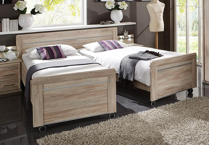 bett meran doppelbett auf rollen eiche s gerau 180x200. Black Bedroom Furniture Sets. Home Design Ideas
