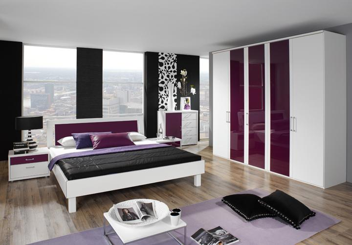 lila wand schlafzimmer interessante ideen. Black Bedroom Furniture Sets. Home Design Ideas
