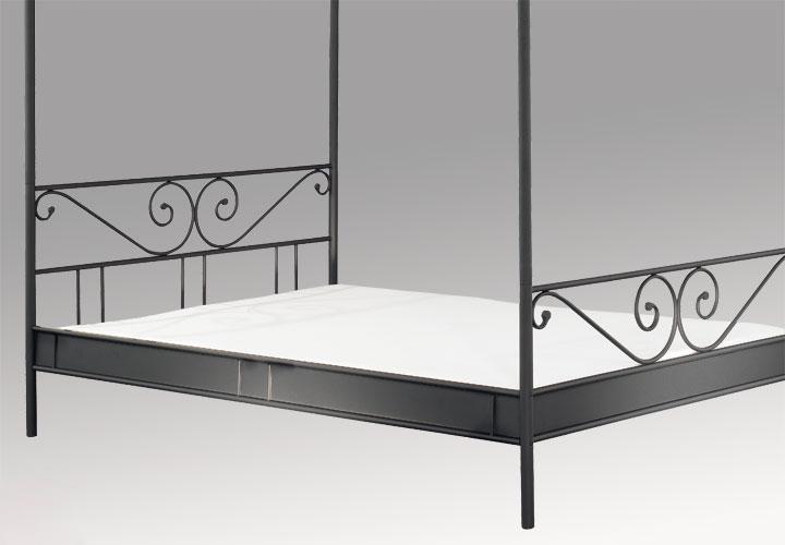 himmelbett cardo ii bett in schwarz liegefl che 180x200 cm. Black Bedroom Furniture Sets. Home Design Ideas