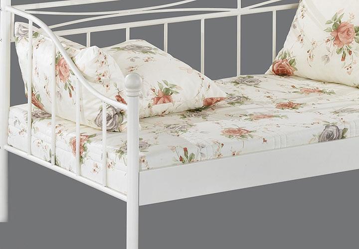 bett mindy schlafzimmerm bel in wei 90x200 cm. Black Bedroom Furniture Sets. Home Design Ideas
