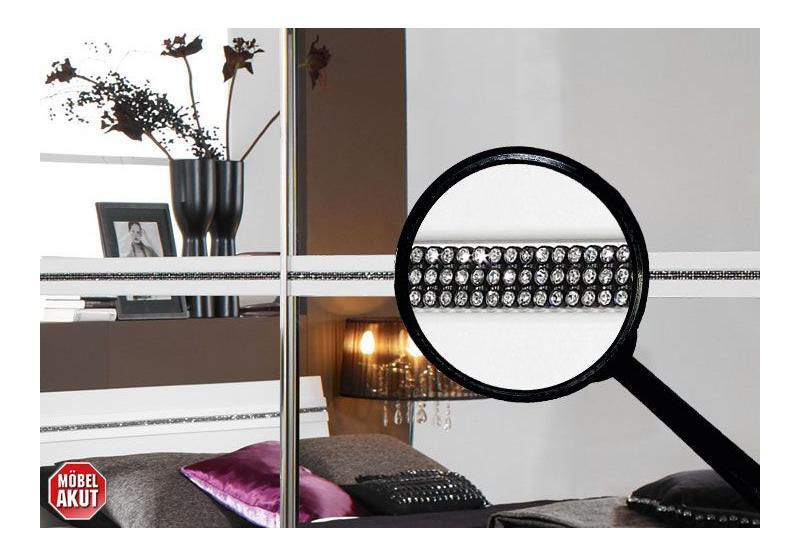 trophy schlafzimmer set v wei strass einlagen. Black Bedroom Furniture Sets. Home Design Ideas