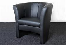 Cocktailsessel PELE Sessel in schwarz in der Größe 74x80x68 cm