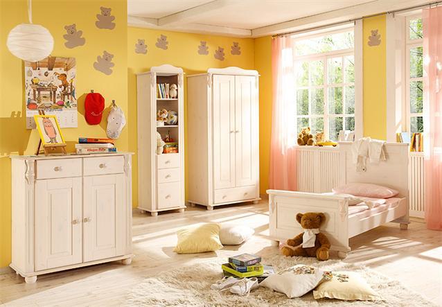 babyzimmer set lara 3 kinderzimmer babybett wickeltisch kiefer massiv wei 3 tlg. Black Bedroom Furniture Sets. Home Design Ideas