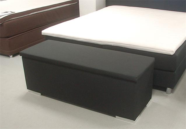 sitzbank chest truhe schlafzimmer stoff in schwarz deckel gepolstert ebay. Black Bedroom Furniture Sets. Home Design Ideas