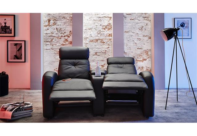 sofa houston cinema 2er kinosofa kinosessel lederlook schwarz mit getr nkehalter ebay. Black Bedroom Furniture Sets. Home Design Ideas