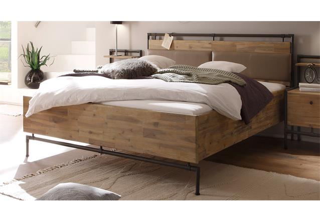 bett tre bettgestell in akazie massiv s gerau geb rstet und braun 140x200 cm ebay. Black Bedroom Furniture Sets. Home Design Ideas