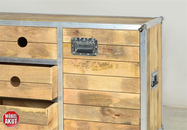 sideboard roadies wohnzimmer schrank massivholz mango mit aluprofil und rollen ebay. Black Bedroom Furniture Sets. Home Design Ideas