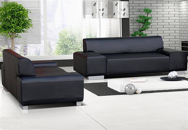 sofa 2 sitzer peter wohnzimmer couch in lederlook schwarz mit f en in aluoptik ebay. Black Bedroom Furniture Sets. Home Design Ideas