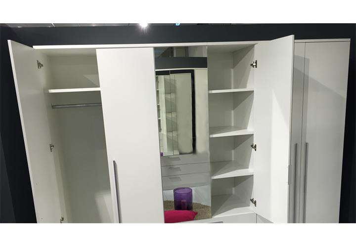 kleiderschrank neptun gro er schlafzimmerschrank wei mit spiegel 270 cm 6 t ren ebay. Black Bedroom Furniture Sets. Home Design Ideas