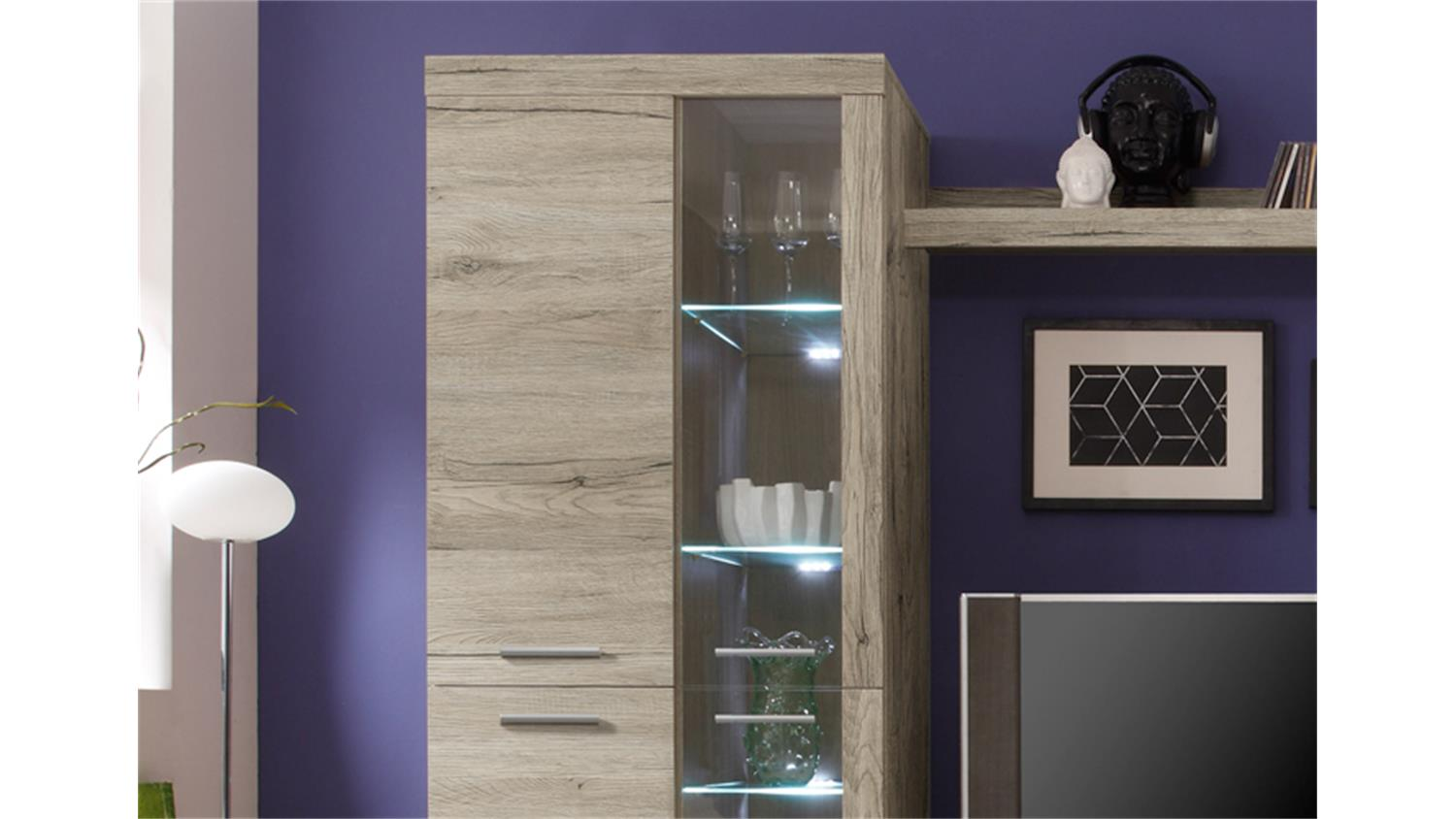 wohnwand club san remo eiche hell mit led beleuchtung. Black Bedroom Furniture Sets. Home Design Ideas
