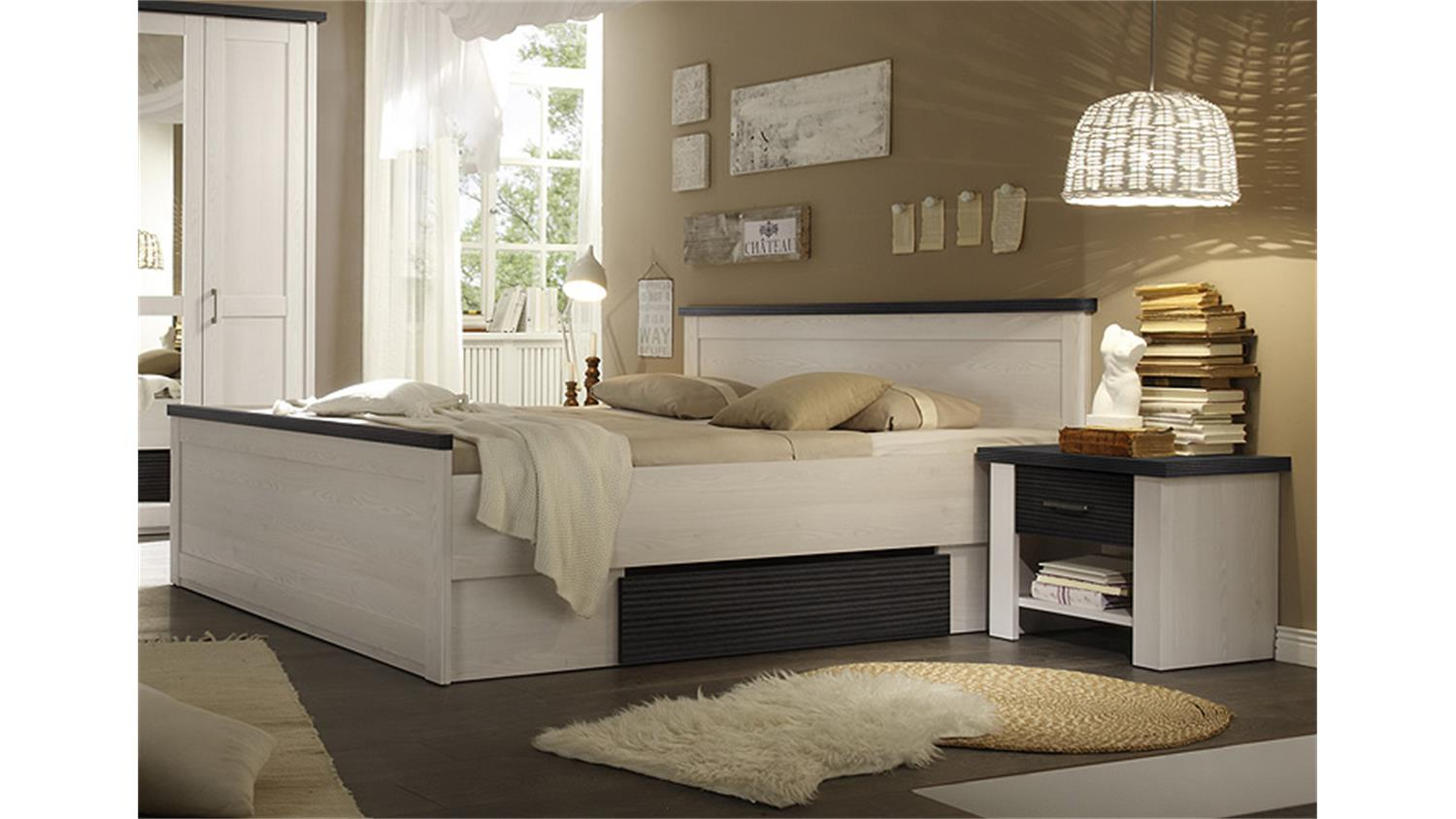 bettanlage luca pinie wei touchwood 180x200 inkl nakos. Black Bedroom Furniture Sets. Home Design Ideas