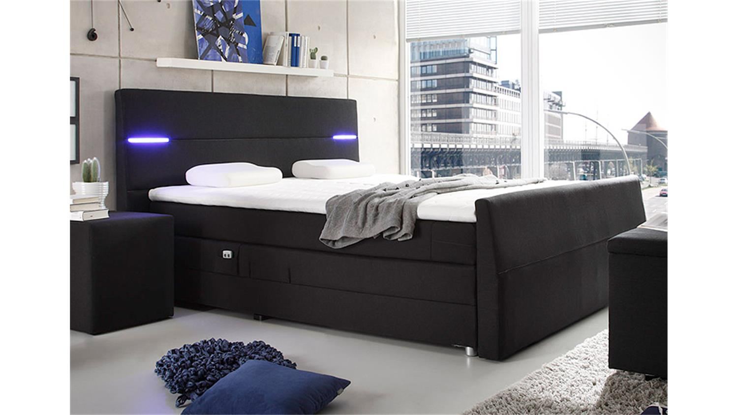 boxspringbett mit beleuchtung sofas ledersofa luxus. Black Bedroom Furniture Sets. Home Design Ideas