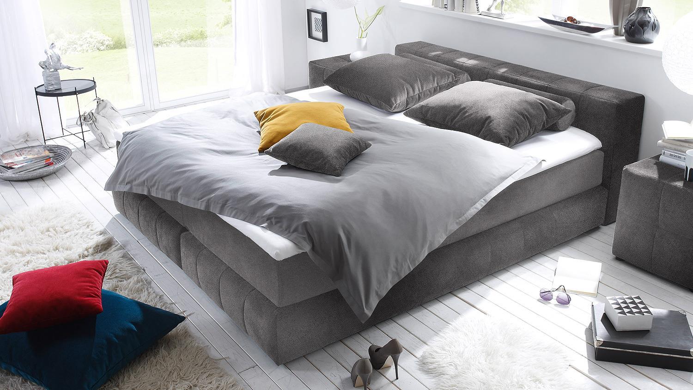 boxspringbett las vegas bett in grau mit topper 180x200. Black Bedroom Furniture Sets. Home Design Ideas
