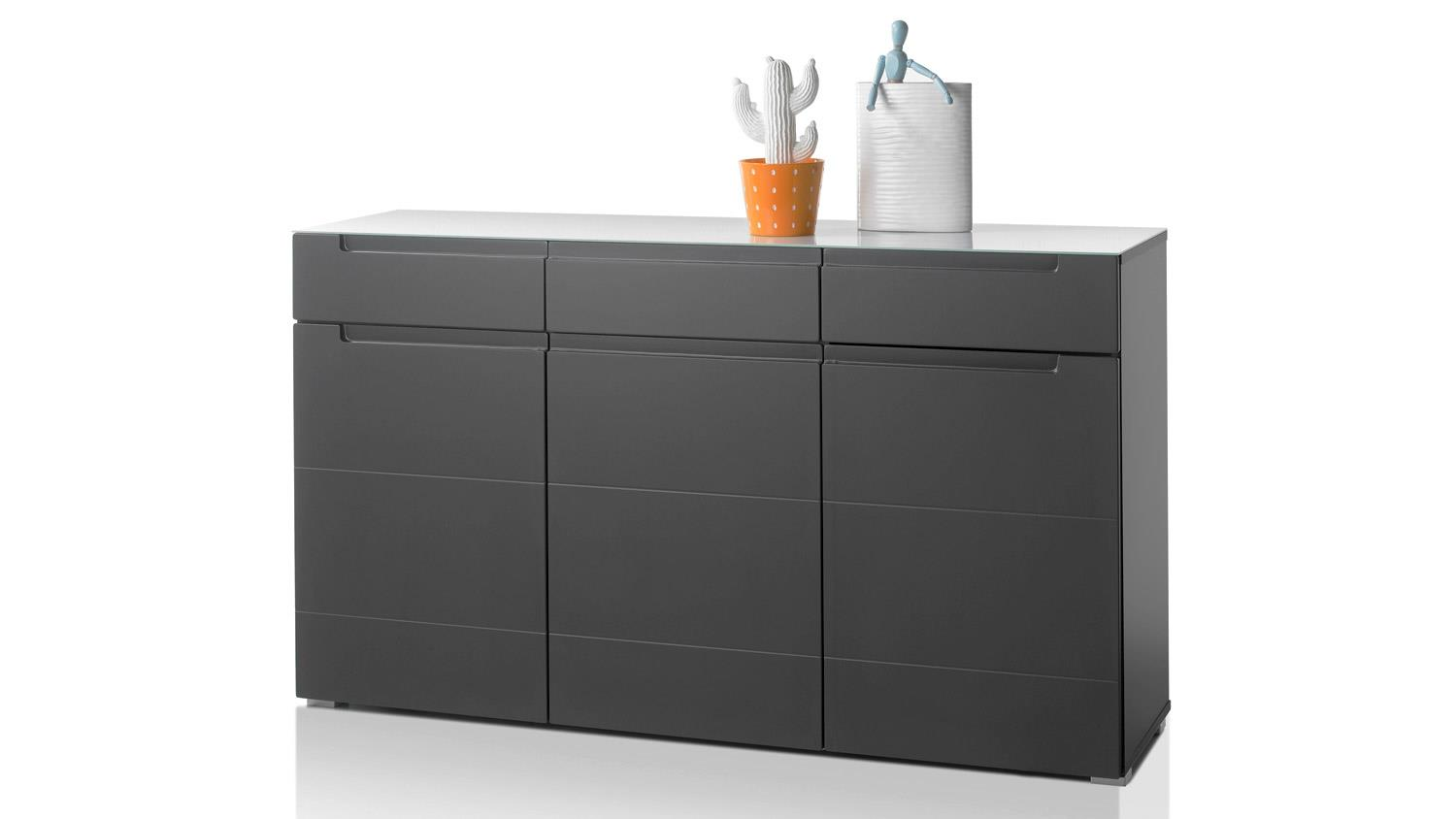 sideboard tiga in mdf grau matt tiefzieh mit satinierter glasplatte. Black Bedroom Furniture Sets. Home Design Ideas