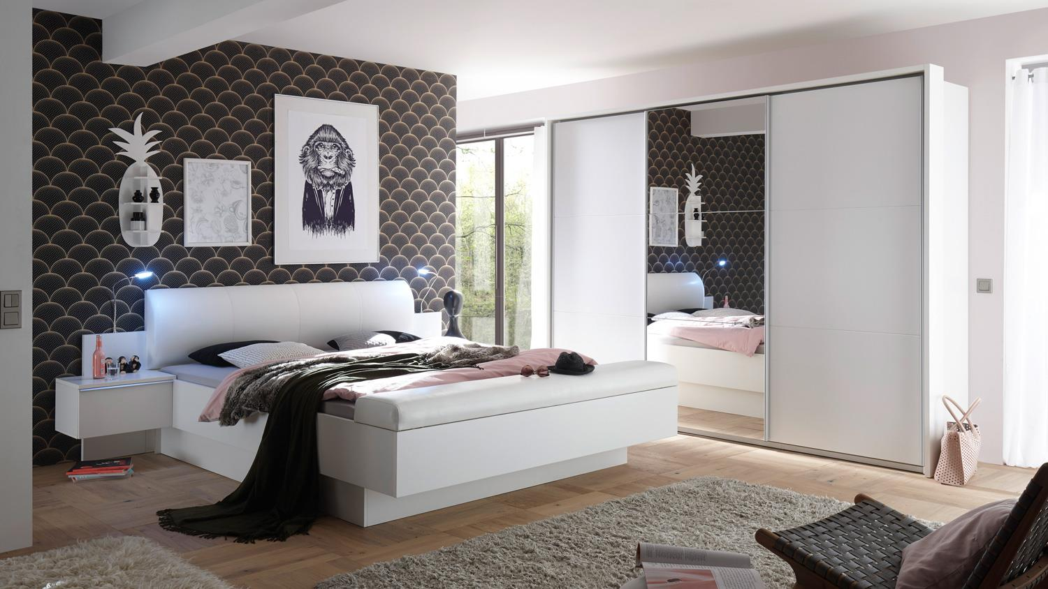 schlafzimmer bonn bravo komplett set in wei inkl spiegel 4 teilig. Black Bedroom Furniture Sets. Home Design Ideas