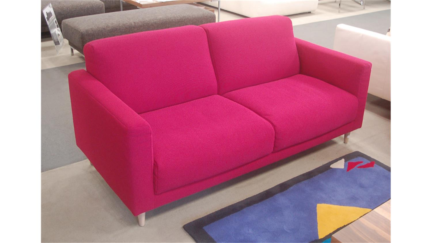 Rolf benz sofa freistil 141 stoff violettrot for Freistil 141 rolf benz