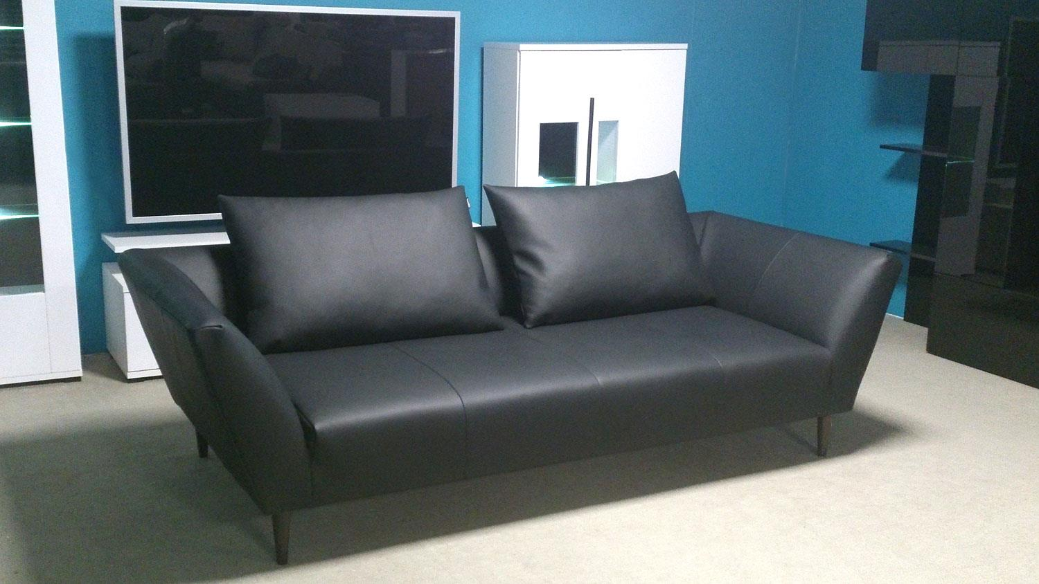 sofa freistil 176 rolf benz sofabank leder schwarz mit 2 kissen. Black Bedroom Furniture Sets. Home Design Ideas