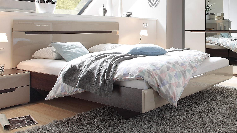 Casada Schlafzimmer Tchibo Bettwasche Biber Holz Kleiderschranke