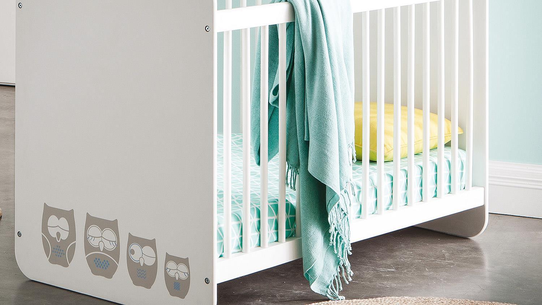 babyzimmer set hiboux aus mdf in wei mit eulenmotiv. Black Bedroom Furniture Sets. Home Design Ideas