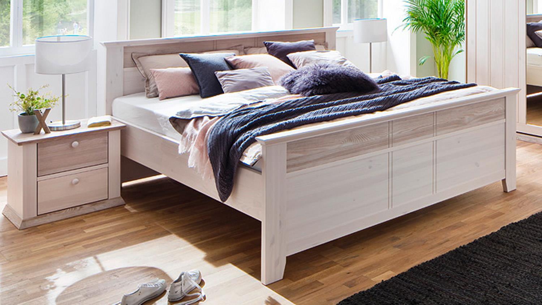 schlafzimmer g teborg 4 tlg set kiefer massiv wei milan mit schweber. Black Bedroom Furniture Sets. Home Design Ideas