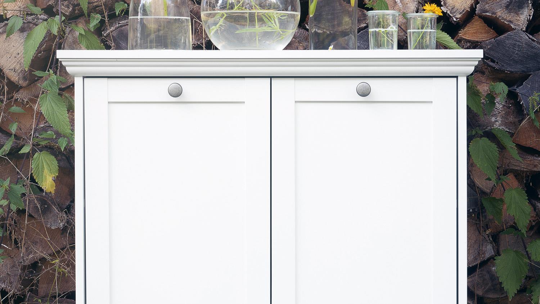 kommode landwood stauraumelement in wei mit 2 t ren landhausstil. Black Bedroom Furniture Sets. Home Design Ideas