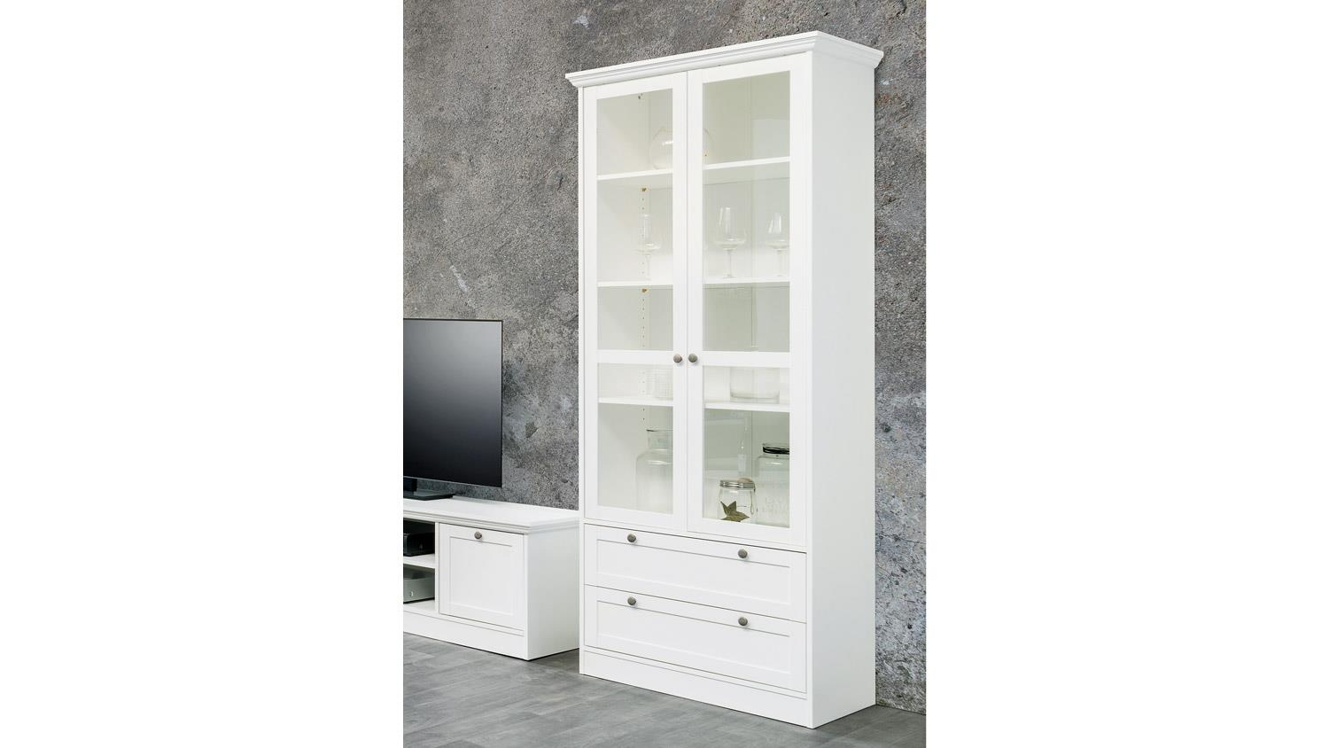 vitrine landwood standvitrine in wei mit 2 schubk sten landhausstil. Black Bedroom Furniture Sets. Home Design Ideas