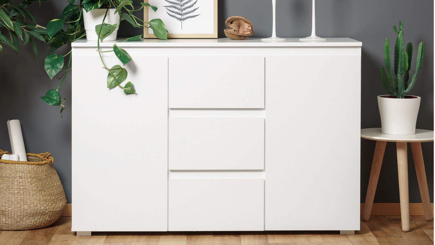 sideboard blanc 4 grifflose kommode in wei 120 cm breit. Black Bedroom Furniture Sets. Home Design Ideas
