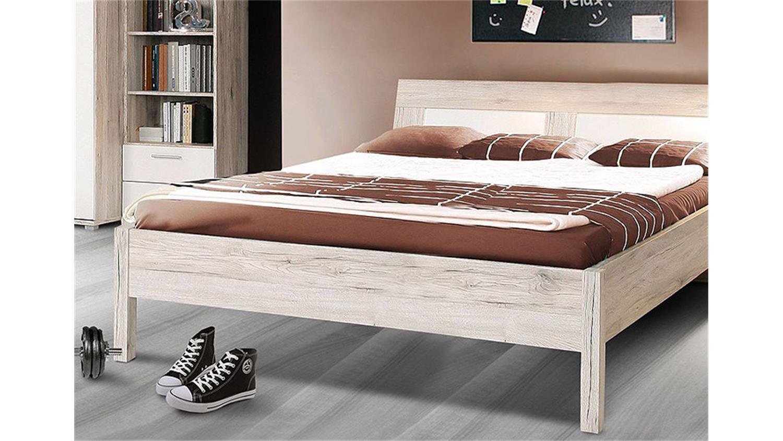 bett beach kinderzimmerbett in sandeiche und wei 140x200. Black Bedroom Furniture Sets. Home Design Ideas
