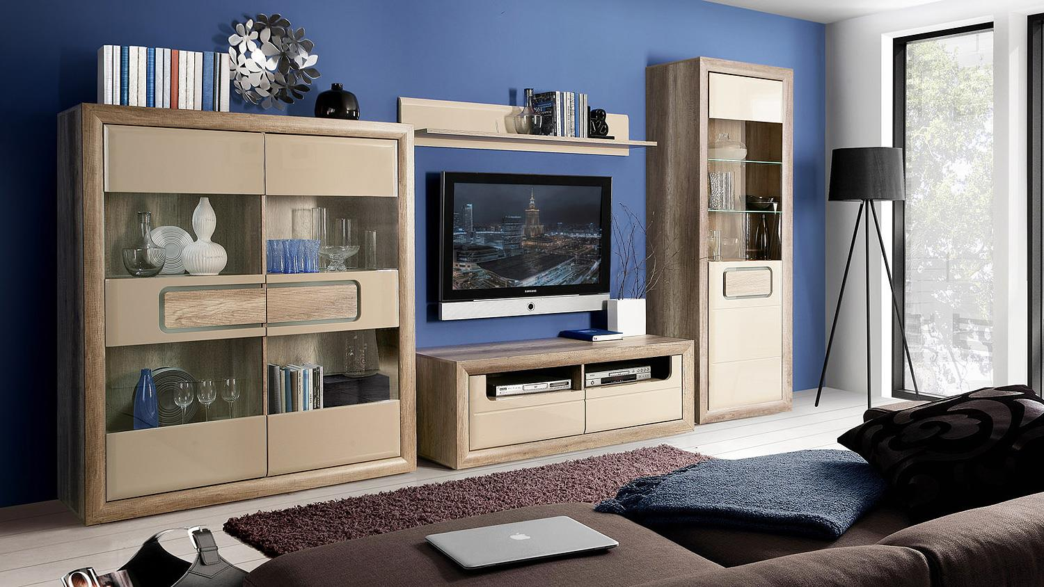 tv board tizianos lowboard in beige hochglanz antik eiche. Black Bedroom Furniture Sets. Home Design Ideas