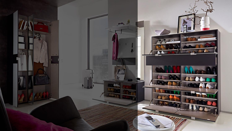 Schuhschrank alameda garderobe in wei glas und anthrazit for Garderobe mit glasfront