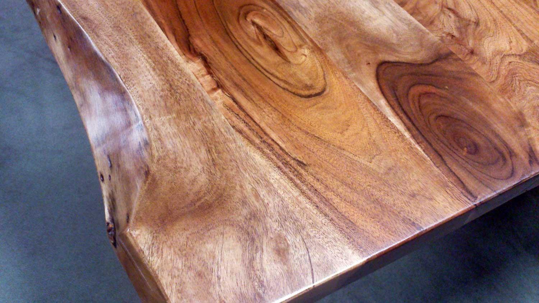 Tischplatte massivholz baumkante  KERALA Massivholz Akazie 180x100 cm mit Baumkante