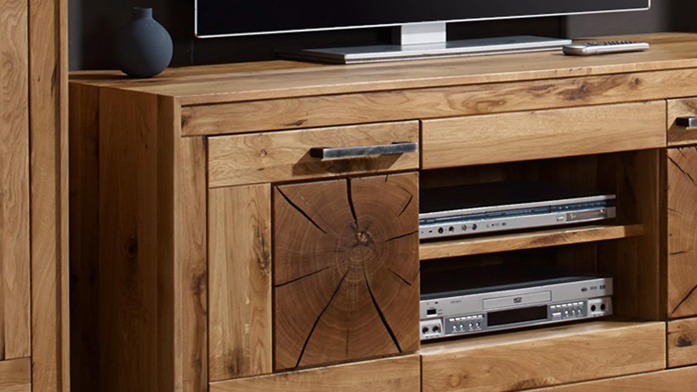 tv board 2 gaja lowboard wildeiche massiv natur ge lt mit hirnholz. Black Bedroom Furniture Sets. Home Design Ideas
