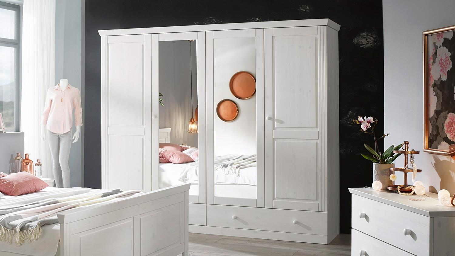 kleiderschrank genia schrank kiefer massiv wei gewachst landhausstil. Black Bedroom Furniture Sets. Home Design Ideas