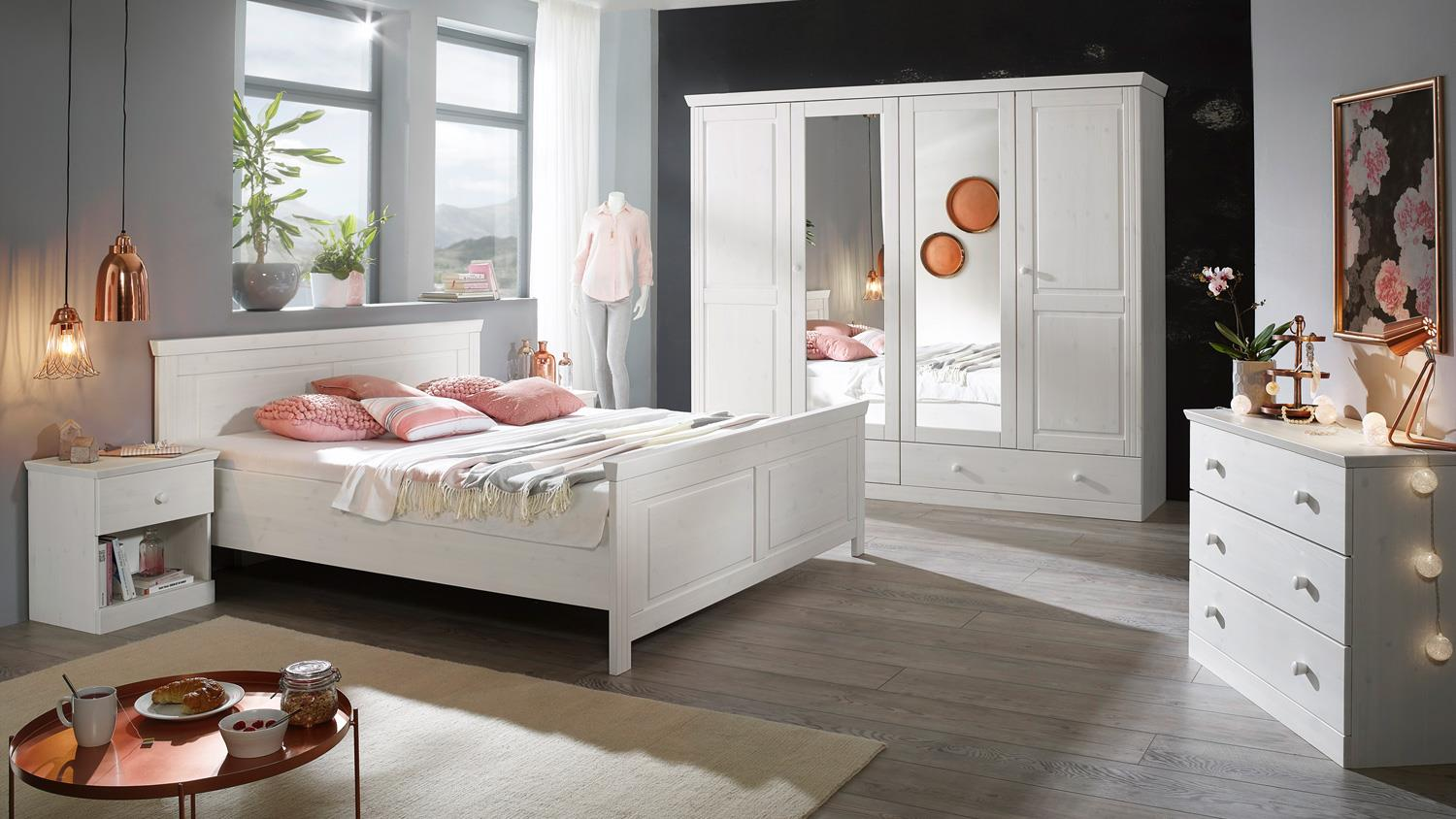 landhausstil genia kleiderschrank mit spiegel kiefer massiv wei. Black Bedroom Furniture Sets. Home Design Ideas