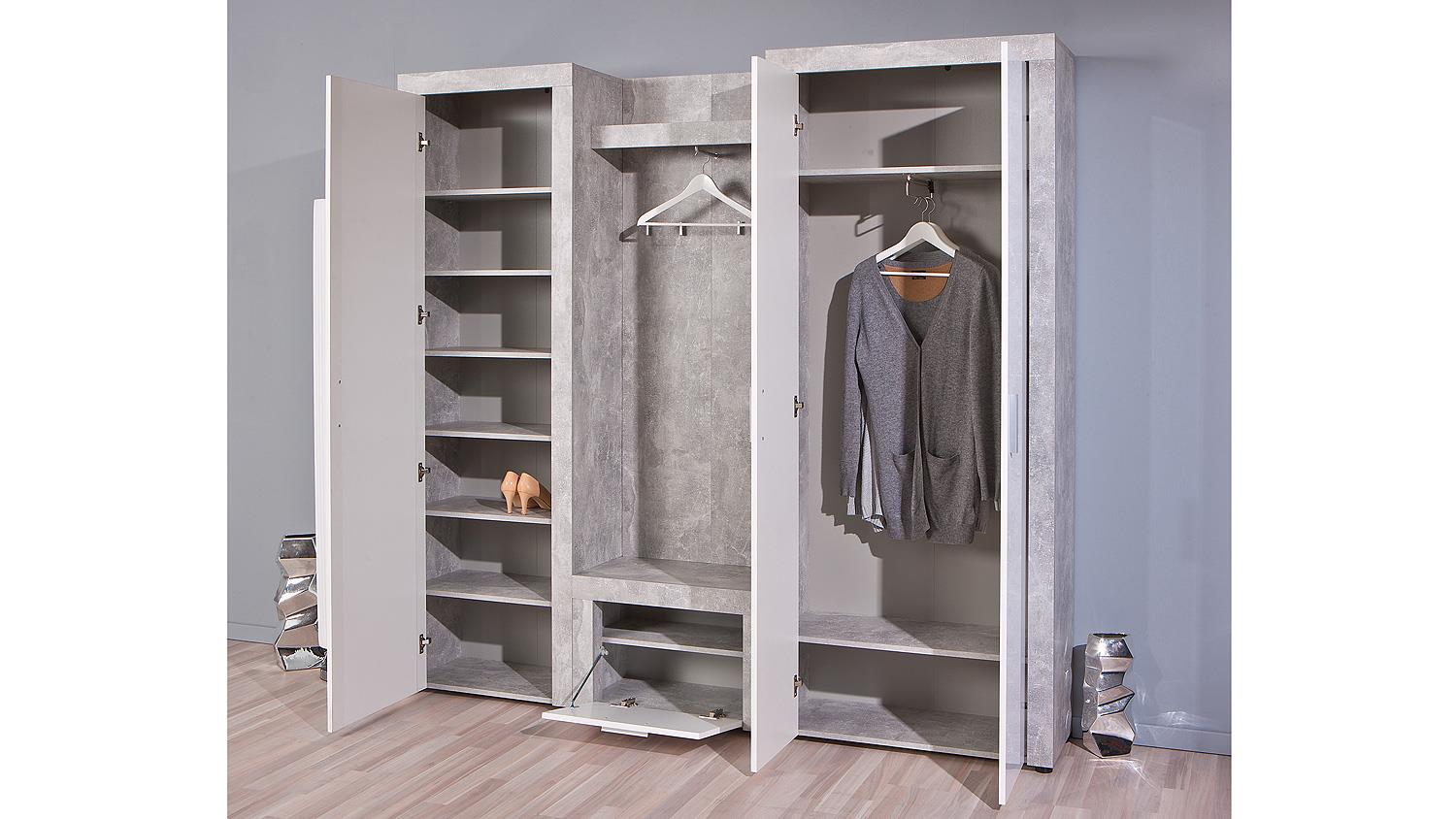 garderobe mit schrank germania hochglanz garderobe. Black Bedroom Furniture Sets. Home Design Ideas
