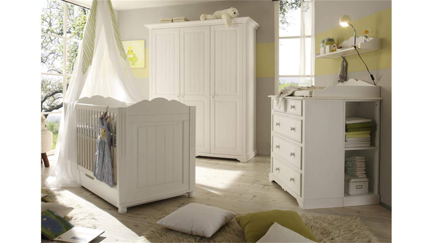kinderzimmer landhaus landhaus babyzimmer kinderzimmer. Black Bedroom Furniture Sets. Home Design Ideas