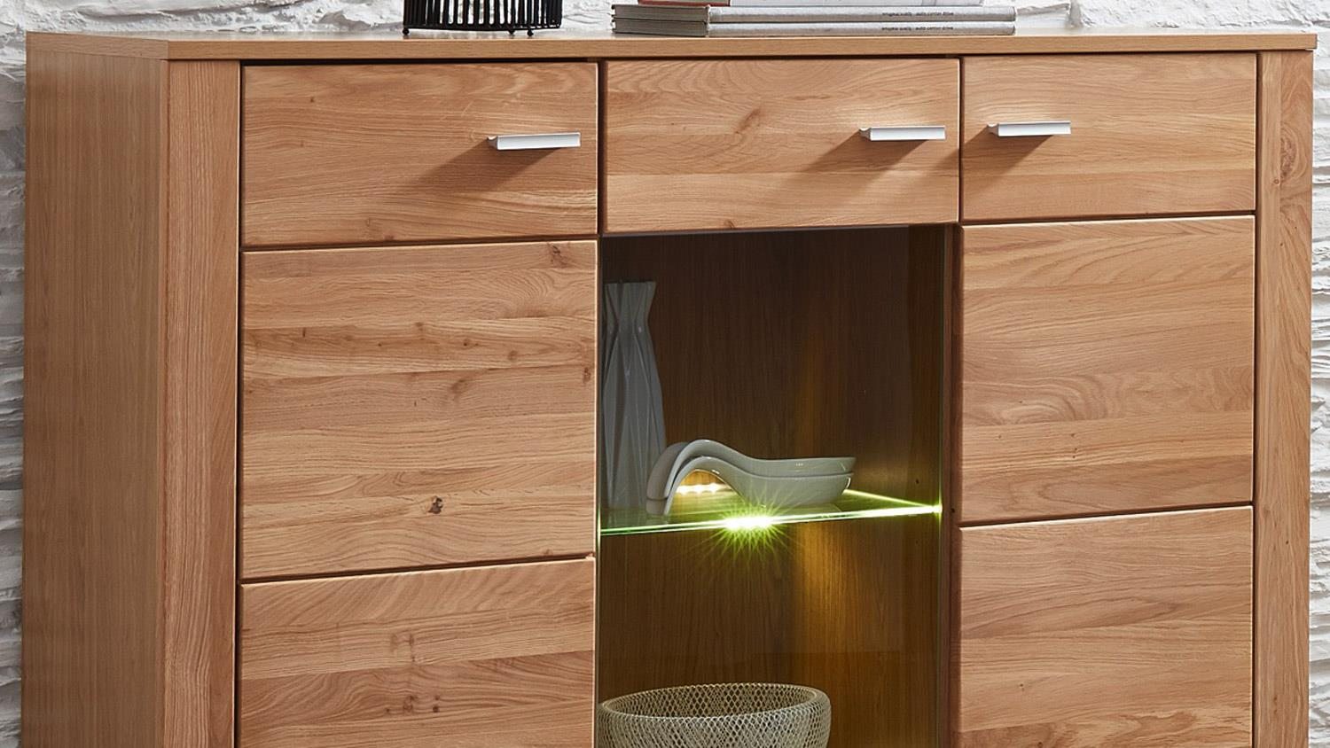 Highboard moldau schrank in wildeiche teilmassiv inklusive led for Schrank wildeiche
